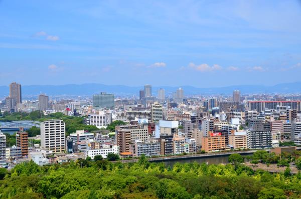 大阪の街並みの画像