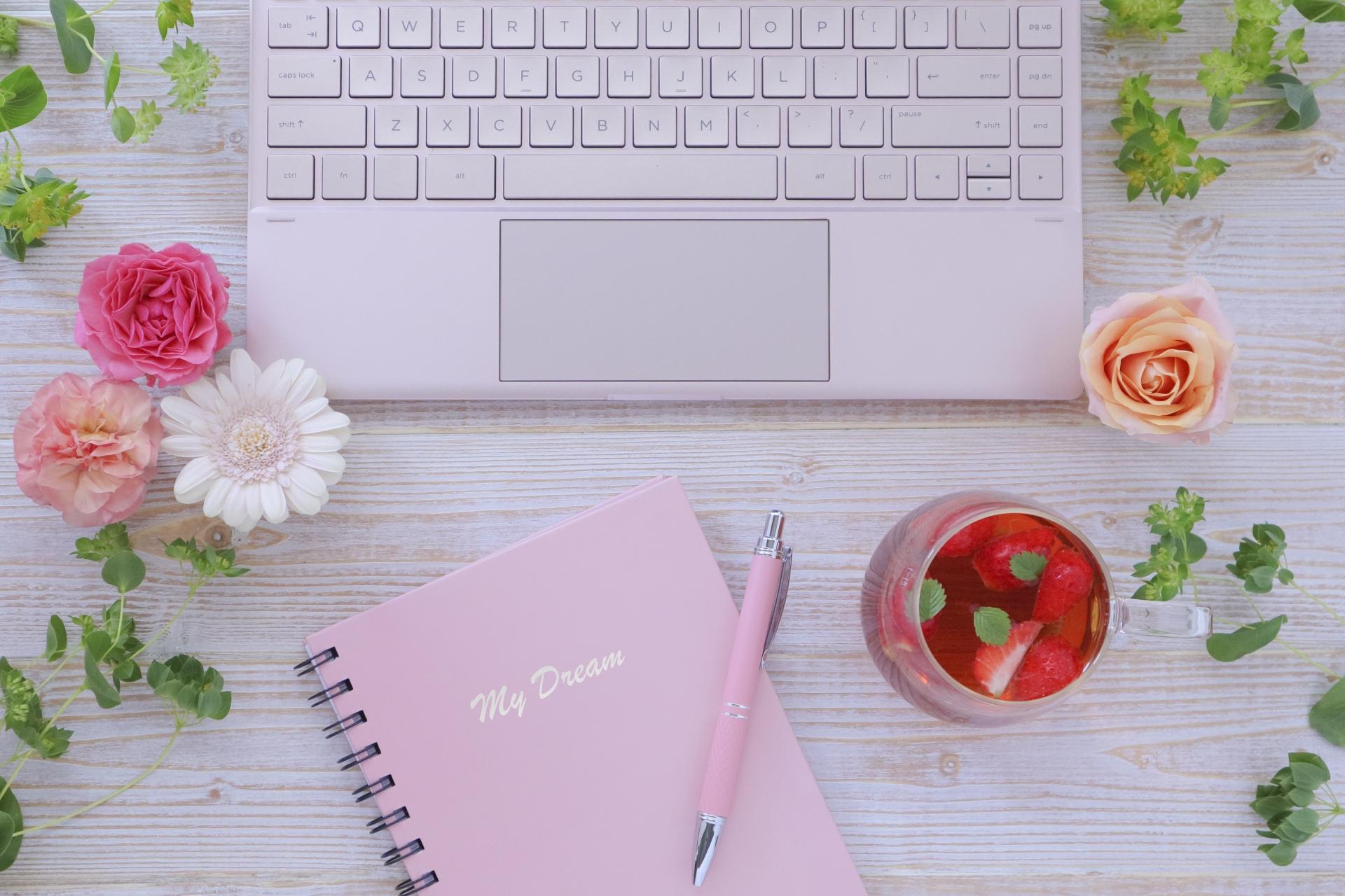女性デザイナーによるホームページ制作が喜ばれる理由と実績