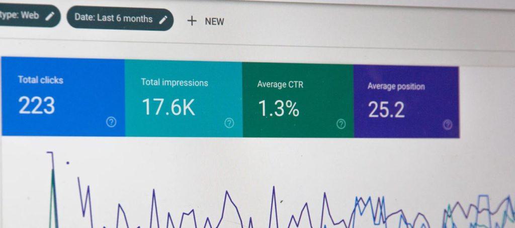 効率よく解析しよう!ホームページ制作においてアクセス解析をする際おすすめのツール