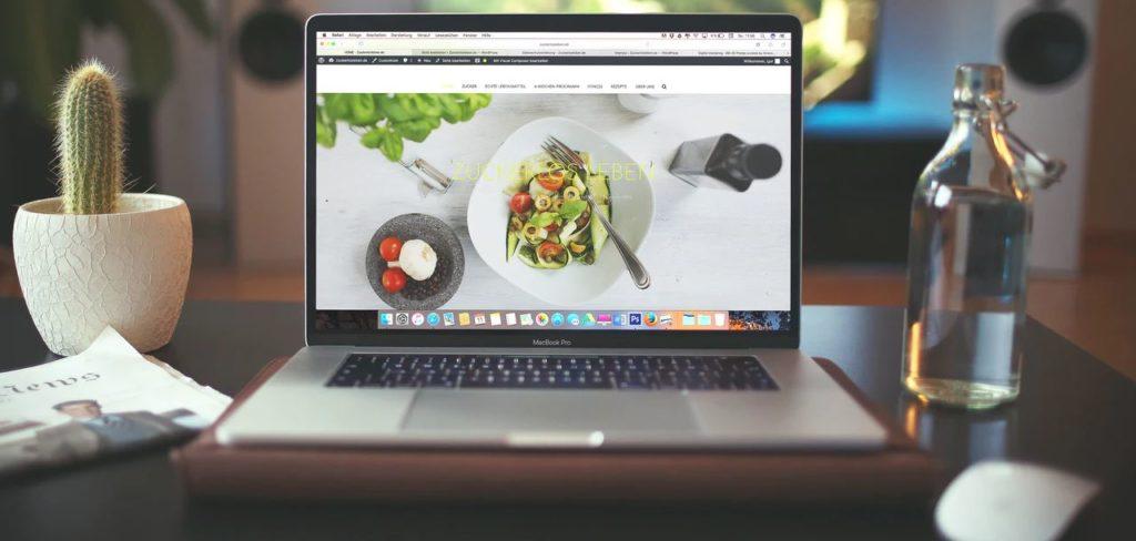 ホームページを制作するとき、どの段階でカスタマージャーニーを設定したら大丈夫?