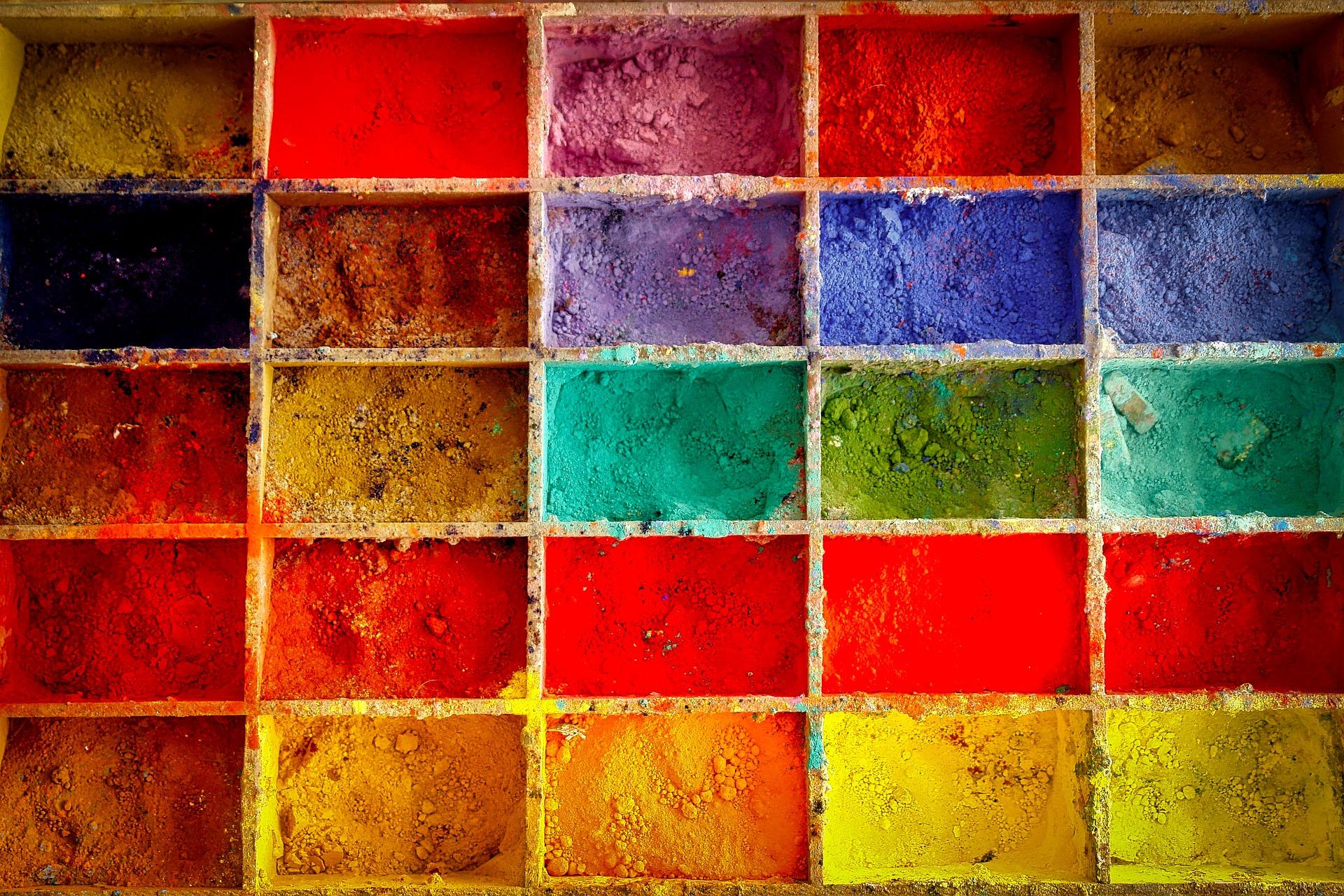塗装業者のホームページを制作する場合どんなコンテンツが必要?